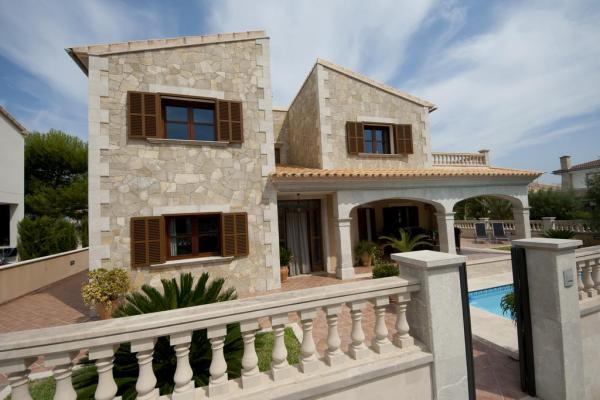 Villa -                                       Son Serra De Marina -                                       4 Schlafzimmer -                                       7 Personen