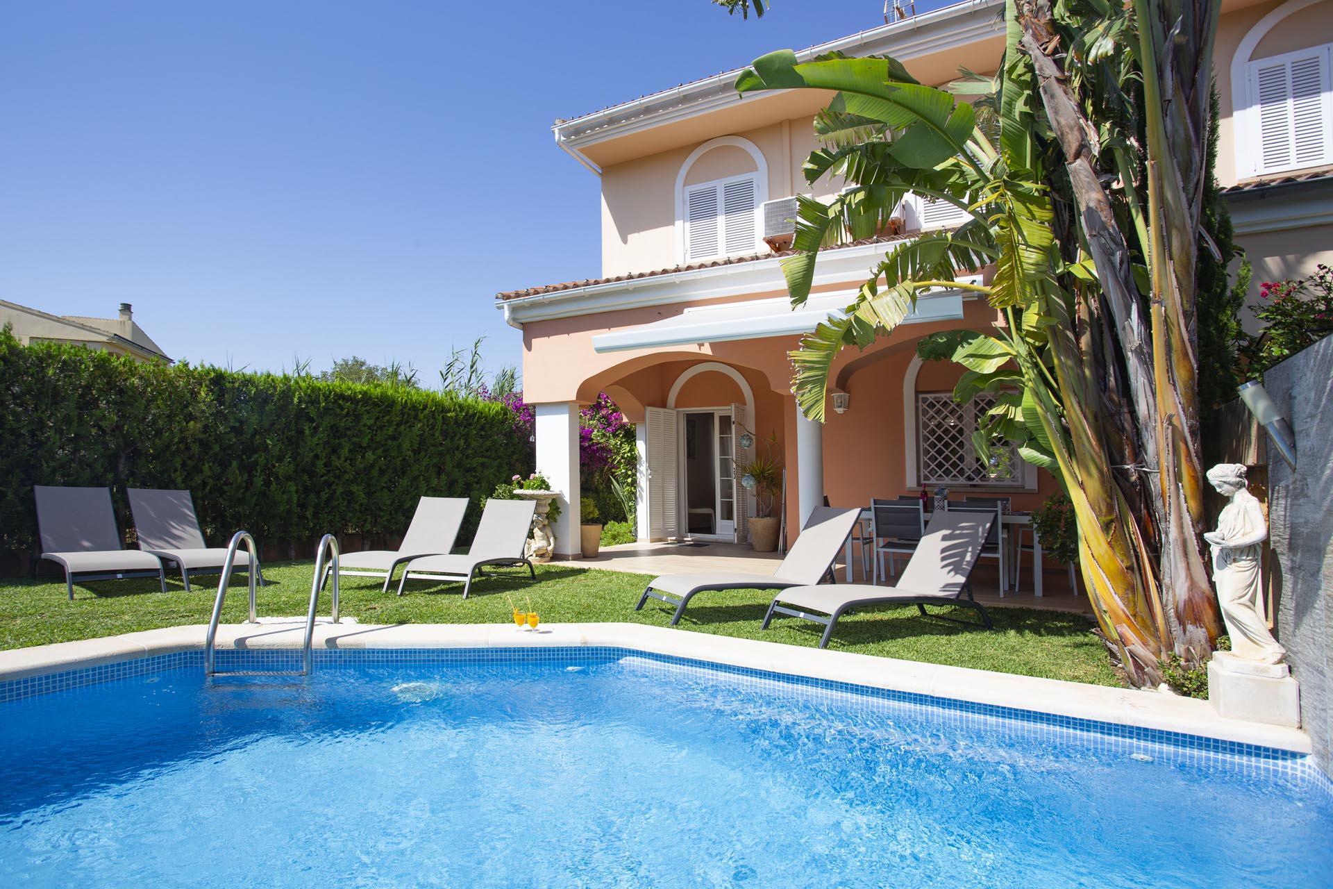 Doppelhaushälfte -                                       Playa De Muro -                                       3 Schlafzimmer -                                       6 Personen